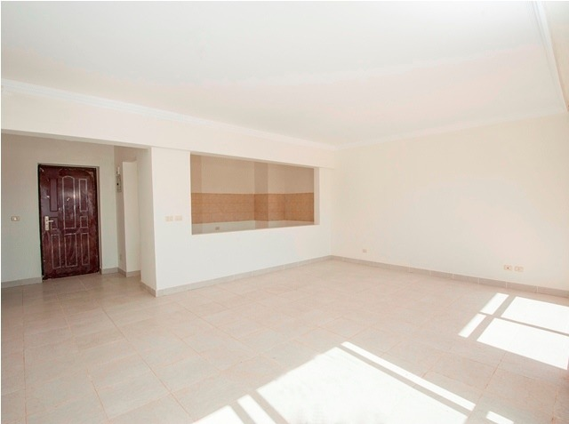 Spacious 2- bedroom apartment for sale in Hurghada